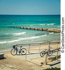자전거, 공간으로 가까이, 그만큼, 바다