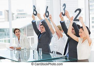 재판관, 연속적으로, 보유, 점수, 표시