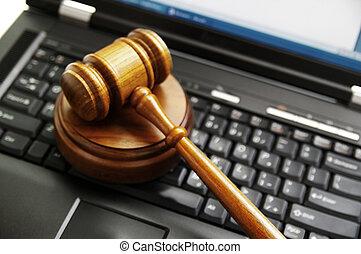 재판관, 작은 망치, 통하고 있는, a, 휴대용 컴퓨터, (cyber, law)