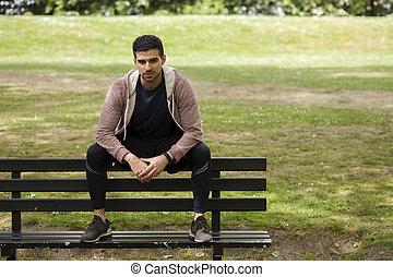 적합, 청년, 벤치에 앉는, park에게서