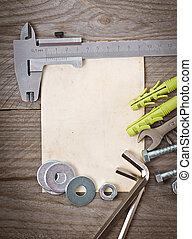 종이, 도구, 금속 세공