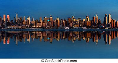 중간 지대, 지평선, 맨해튼