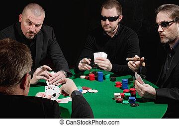 중대한, 카드 놀이