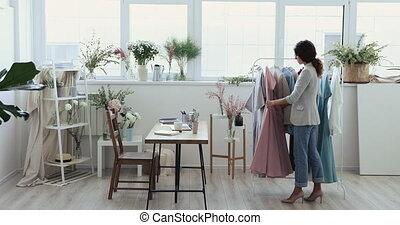 진열실, 일, 스튜디오, 디자이너, 현대, 나이 적은 편의, 유행, 내부, 창조