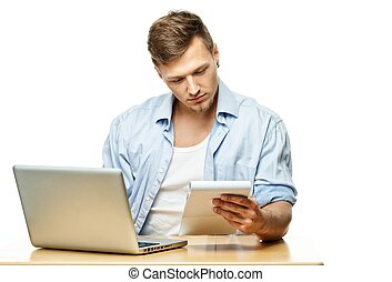 집중된, 유행, 청년, 남아서, 휴대용 퍼스널 컴퓨터, 고립된, 백색 위에서
