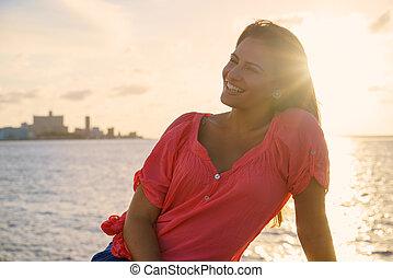 초상, 젊은 숙녀, 미소, 행복하다, 바다, 아름다움