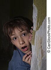 코카서스 사람, 열대의 소년, 좌절시키는, 착석