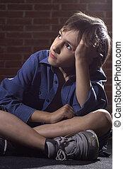 코카서스 사람, 열대의 소년, 좌절시키는, 착석, 약