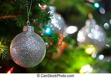 크리스마스 장신구, 와, 불을 붙이게 된다, 나무, 에서, 배경, 사본 공간