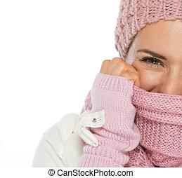 클로우즈업, 통하고 있는, 여자, 에서, 뜨다, 겨울 의류, 폐쇄, 얼굴, 와, 스카프