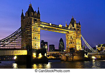 탑 교량, 에서, 런던, 밤에
