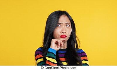턱, 여자, 아시아 사람, 만지는 것, 생각에 잠긴