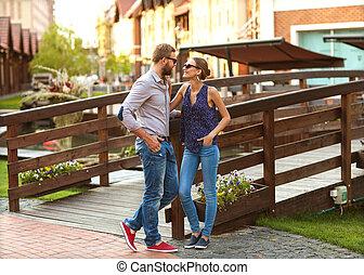 한 쌍, 사랑안에, 공원안에 걷는, 에서, 유럽