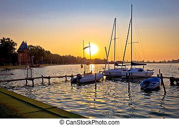 해돋이, 에, palic, 호수, 항구, 공간으로 가까이, 도시, 의, subotica, 보이는 상태