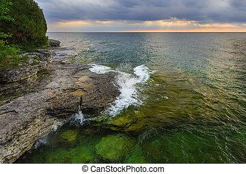 해돋이, 위의, 바위가 많은, 해안선