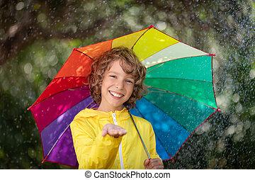 행복하다, 노는 것, 비, 아이