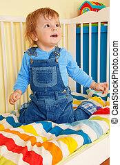 행복하다, 유아, 착석, 에서, 그만큼, 아기, 간이 침대