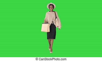 행복하다, african, 쇼핑, 미국 영어, 녹색, key., 나이 적은 편의, chroma, 걷고 있는 여성, 스크린