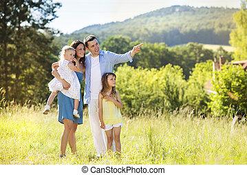 행복한 가족, 에서, 자연