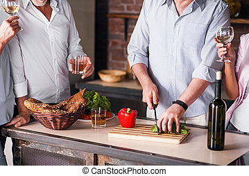 행복한 가족, 요리, 함께, 에서, 부엌, 동안에, 재결합