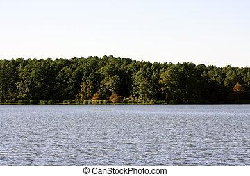 호수 기슭, 에, 가을