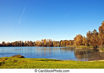 호수, 에서, 가을