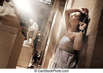 화려한, 여자, 자세를 취함, 에서, a, 매력이 넘치는, 내부