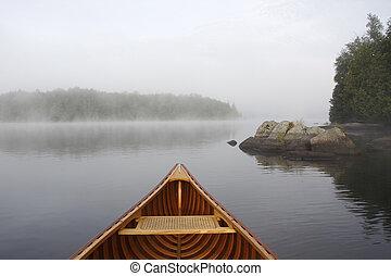 활, 의, a, 히말라야삼목, 카누, 통하고 있는, a, 봄 안개가 덮인, 호수