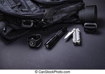 -, 戦術的, tool., 項目, 男性, (edc), 黒, 届きなさい, ベルト, 色, 毎日, 銀, バックパック, 腕時計, 懐中電燈, multi