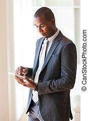 -black, ludzie, amerykanka, człowiek, dotykowy, handlowy, afrykanin, tabliczka, używając