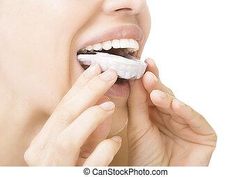 -, dente, whitening, dentes, sorrindo, bandeja, menina