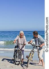 -eik, párosít, bringák, tengerpart, érett