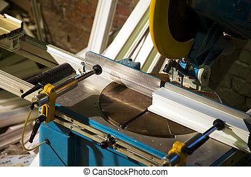 -, fűrész, elvág, ablak, műanyag, előállít