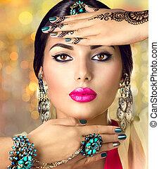 -, indio, anillos, niña, hindú, oriental, pulseras, pendientes, portrait., mujer hermosa, accesorios