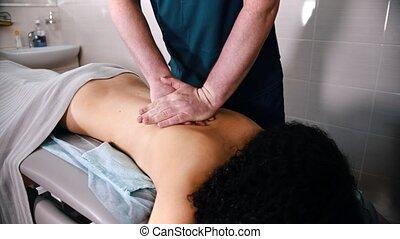 -, masage, traitement, donner, bas, docteur, pousser, dos, ...