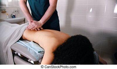 -, masage, traitement, donner, docteur, pousser, abaisser ...