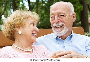 -, nevetés, idősebb ember, szeret, párosít