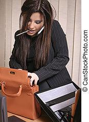 -, upptaget, affärskvinna, multi tasking
