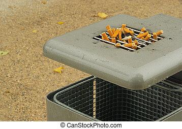 02, cigarette