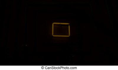 05, neonowe światło