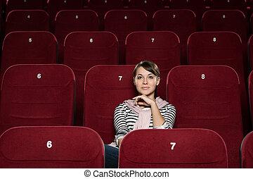 1(人・つ), 映画館