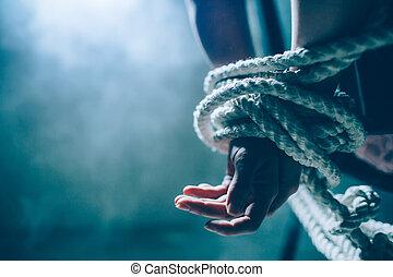 1(人・つ), 終わり, 切口, 彼女, そこに, 窓, また, の後ろ, 白, 女, room., smoke.., 結ばれた, 手, 暗い, another., 結び目, 手, 死ぬ, 女性, の上, back., rope., 光景