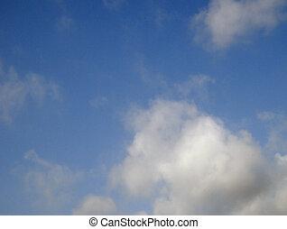 1, עננים