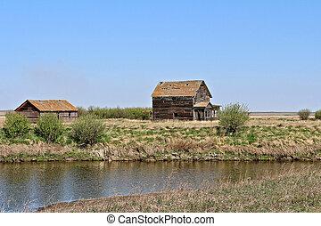 1-a, farmhouse, abandonado