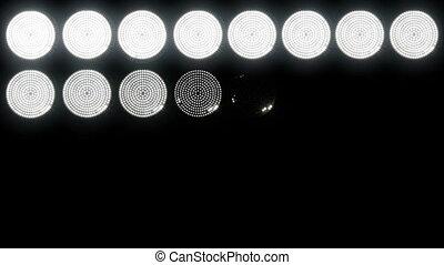 1, lumières, mené