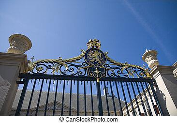 1, portail, royal