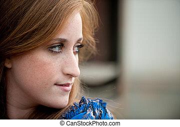 10代少女, redheaded, かなり