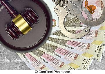 100, ukrainien, desk., hryvnias, procès, impôt, action éviter, juge cour, marteau, police, concept, ou, judiciaire, menottes, factures, bribery.