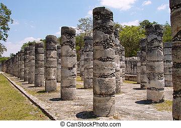 1000 pillars at Chichen Itza site