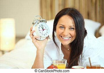 10am, pequeno almoço, mulher, tendo, cama